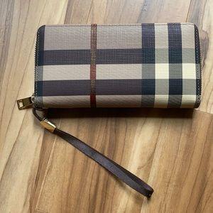 Handbags - Plaid wallet